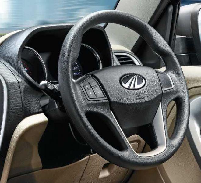 Automotive Mahindra TUV300 Plus Interior-8