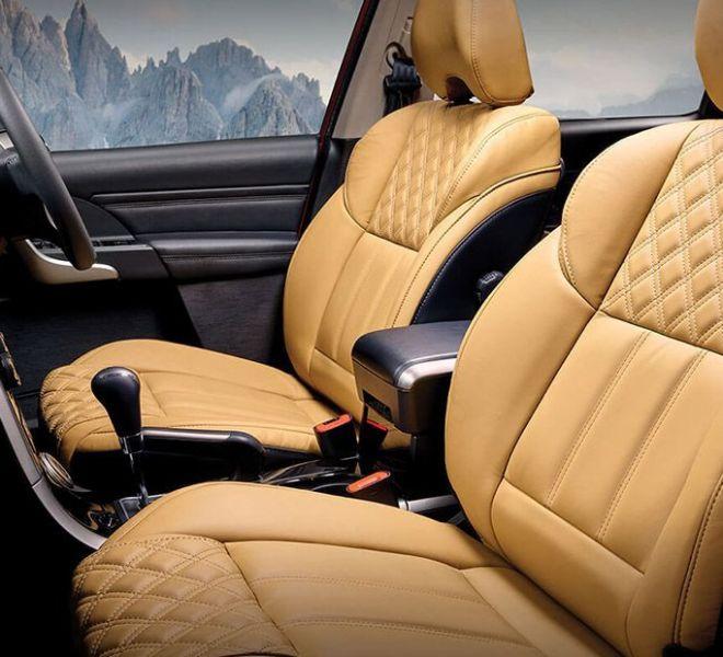 Automotive Mahindra XUV500 Interior-14